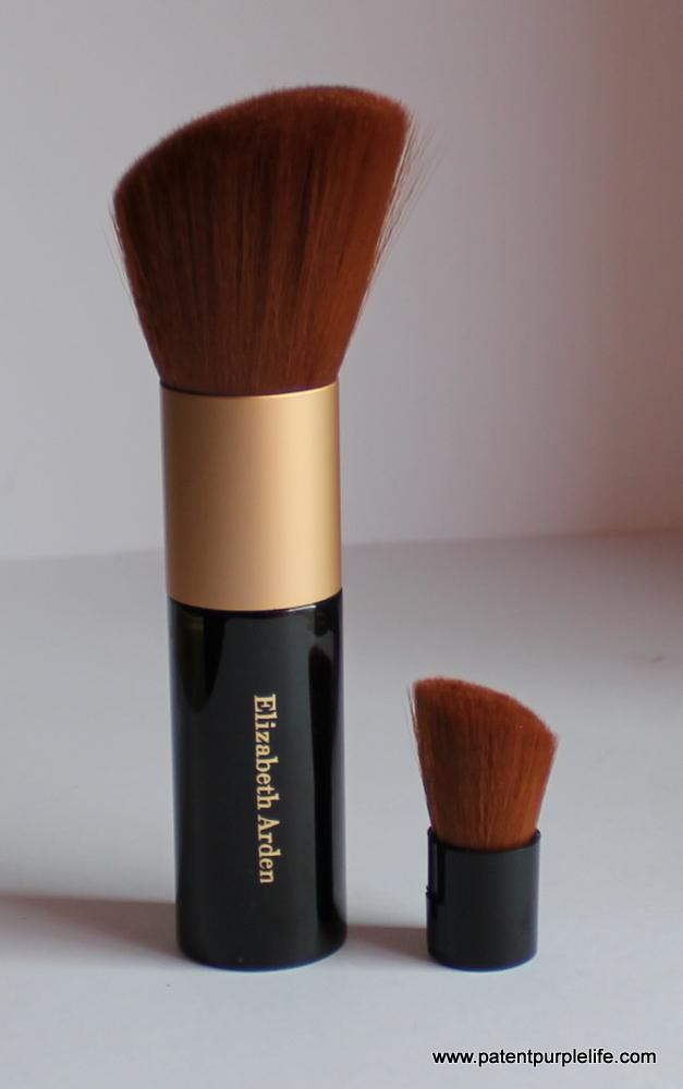 Elizabeth Arden Powder Brush