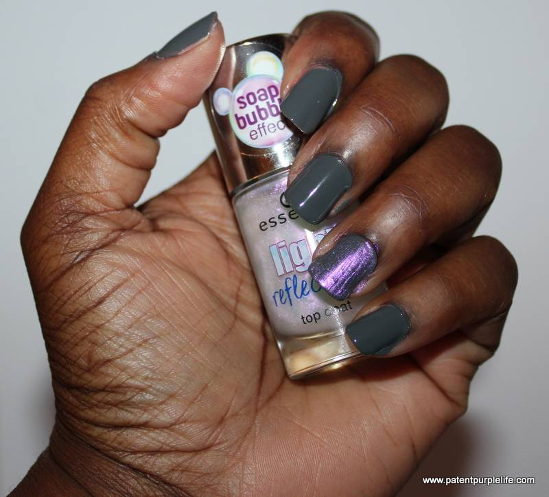 Essence Nail Varnish Rock My World and Light Reflections