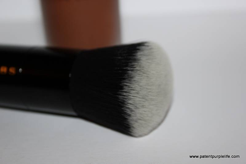 Marc Jacobs Re(Marc)able Foundation and Foundation III Brush