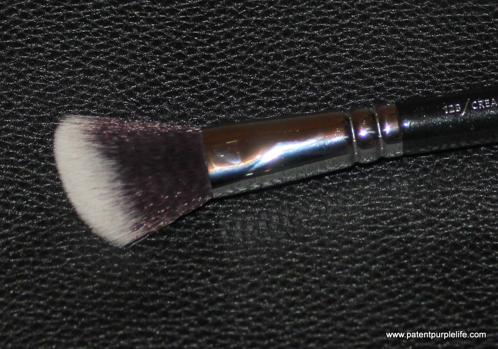 Zoeva 128 Cream Cheek Brush