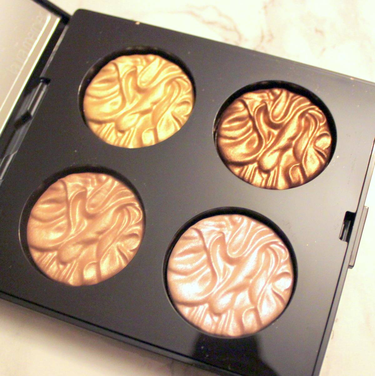 Laura Mercier Illuminators (Fall In Love Collection)