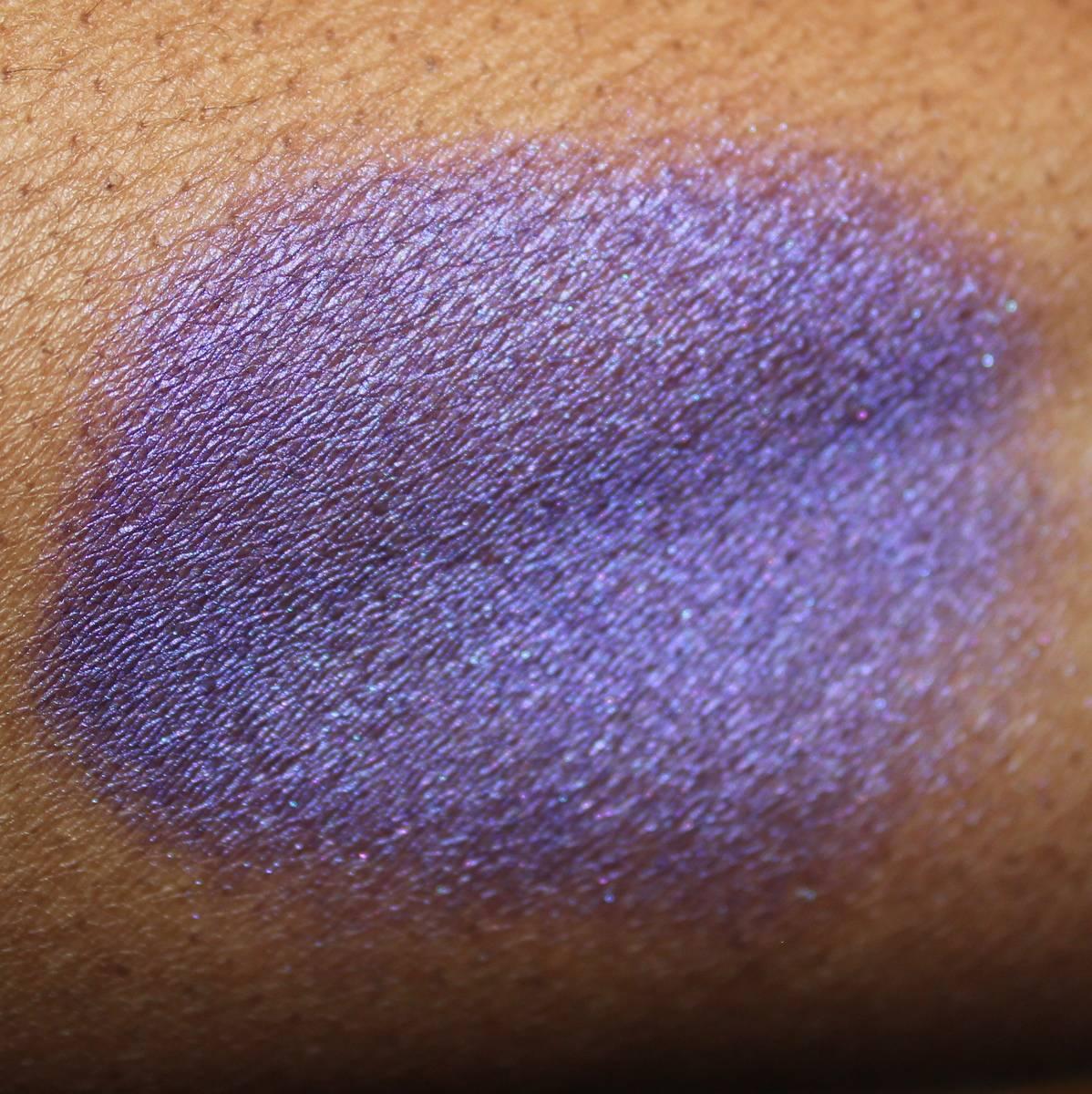 MAC Overnight Sensation Paint Kabuki Swatch Dark Skin