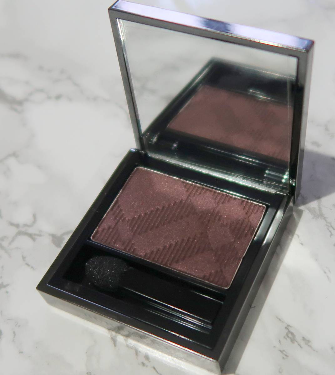 Burberry Mulberry mono eyeshadow